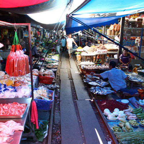Amphawa & Folding Umbrella Markets
